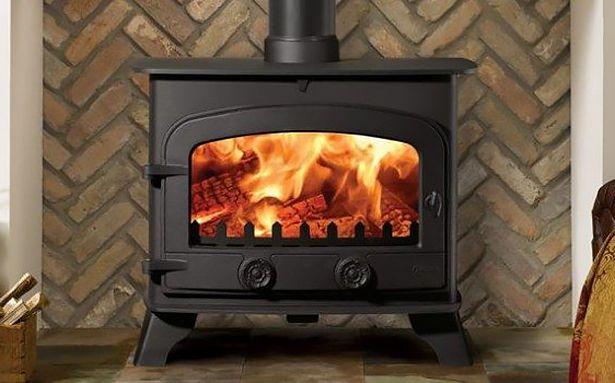 Yeoman County multi-fuel stove