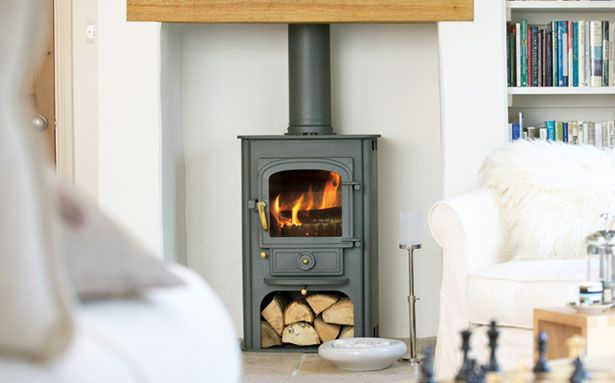 Clearview Solution 400 multi-fuel or wood-burning stove