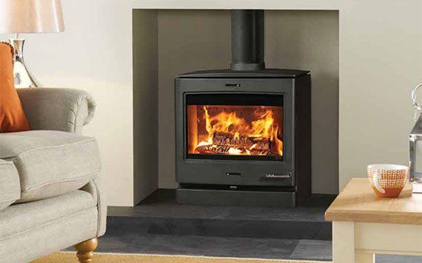 Yeoman CL8 multi-fuel stove