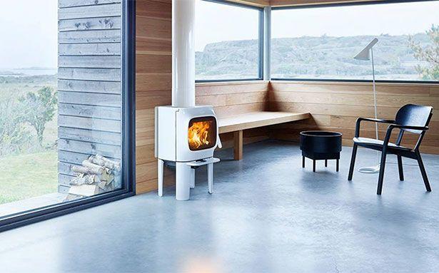 Jotul F 105 LL wood-burning stove