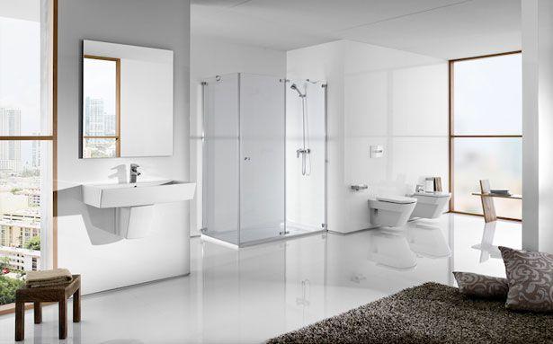 Roca Hall bathroom