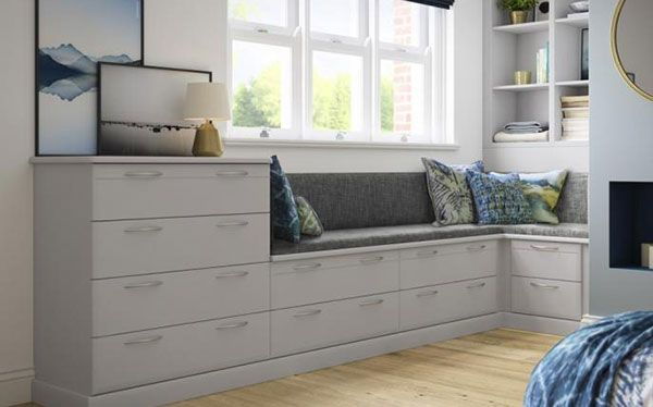 Hammods fitted chest of drawers and bench storage