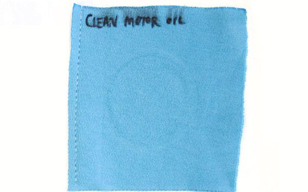 Clean motor oil stain for a laundry detergent test
