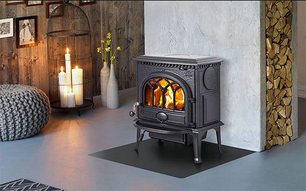 Jotul F 3 wood-burning stove