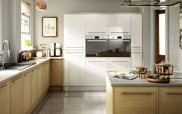 B&Q Farleigh fitted kitchen