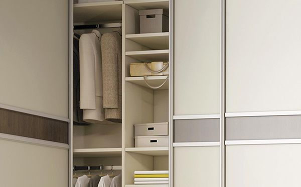 Sliderobes corner wardrobe with an extended rail