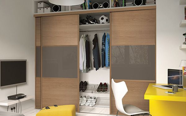 Homebase mirrored sliding wardrobe