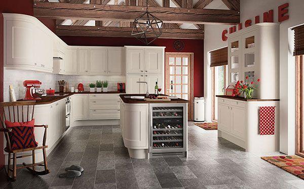 Country kitchen Somerton cream kitchen