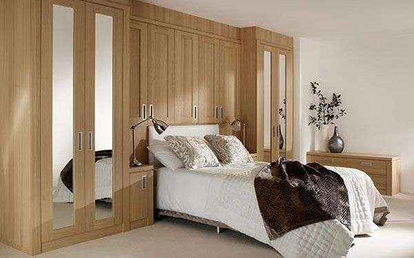 Hammonds Willoughby fitted wardrobes and overhead storage