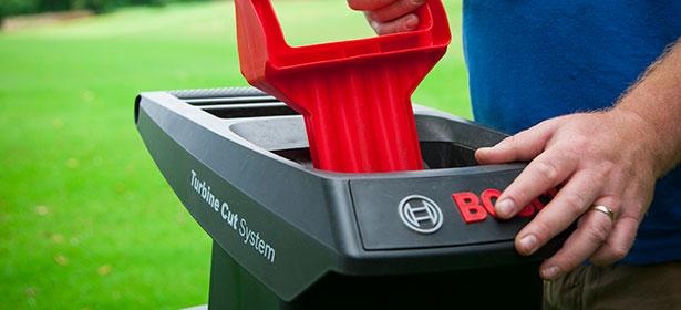 Unblocking a garden shredder