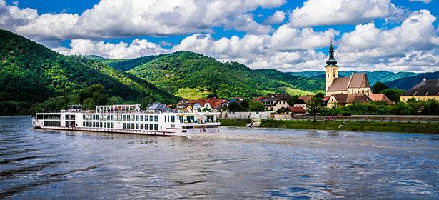 River cruise in Austria