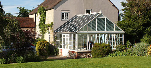 Conservatory exterior 2 440537