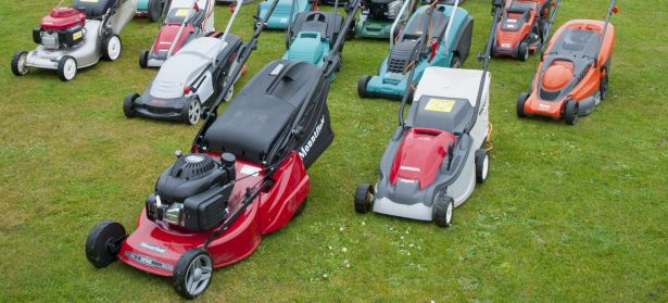 Selection of lawn mower brands