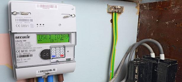Smart meter in home 479610
