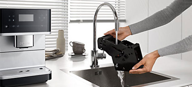 Cleaning coffee machine