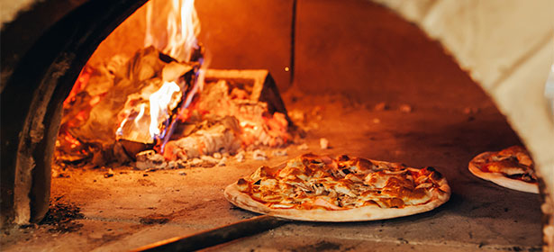 Barbecue -top pizza ovens