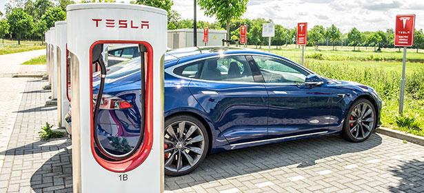 Tesla charging 478749